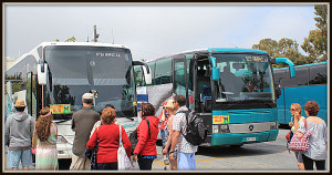 Bus in Oia